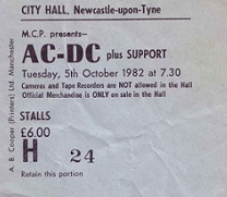 acdctix1982.jpg